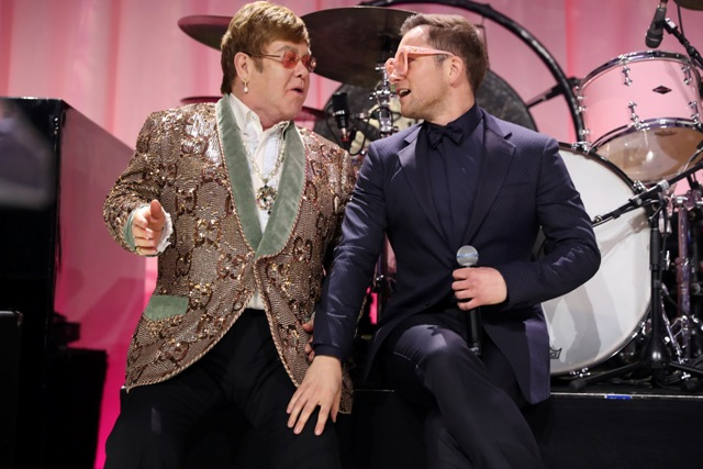 Elton John & Taron Egerton - 'Tiny Dancer' (Elton John AIDS Foundation Academy Awards Viewing Party)