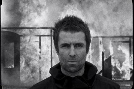"""Liam Gallagher пусна видеото към """"Shockwave"""""""