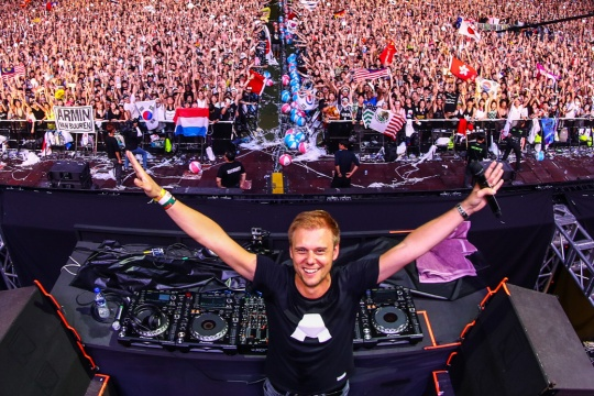 Armin van Buuren and Fedde Le Grand in Arena Armeec